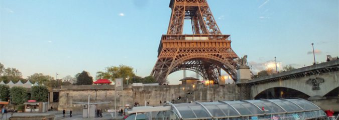 Where to enjoy a boat tour in Paris