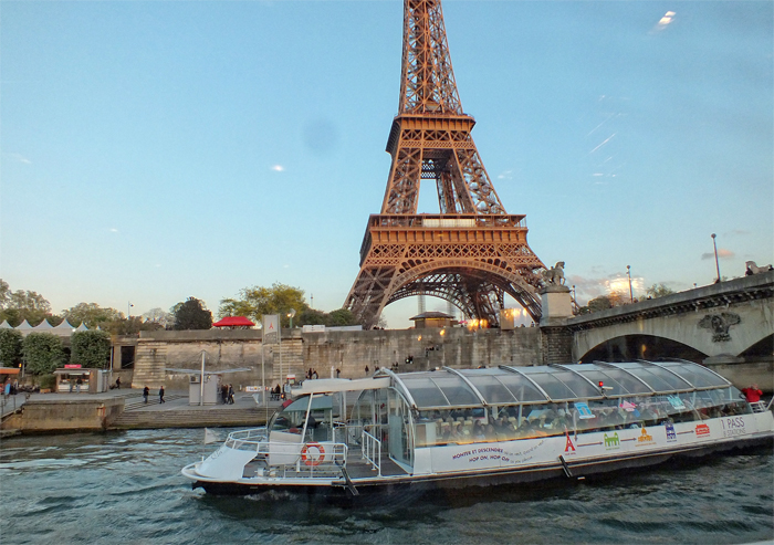 Where To Enjoy A Boat Tour In Paris The Good Life France The