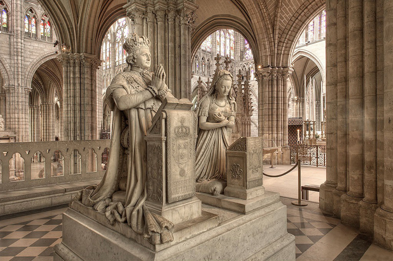Marble, life sized tomb statues at Saint Denis church in Paris representing Louis XVI and Marie Antoinette