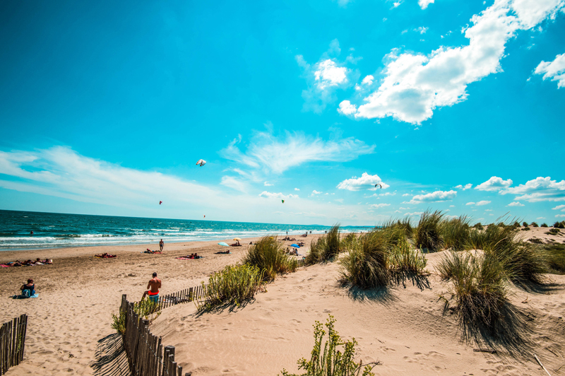 Coast of Montpellier, golden sands and turquoise blue sea, perfect for relaxing, swimming and fun