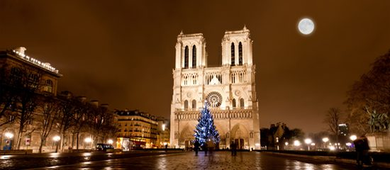10 things to do on Christmas Eve in Paris