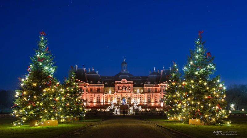 Chateau of Vaux-le-Vicomte, Ile de France, it's long avenue lined with decorated Christmas trees