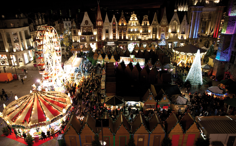 View overlooking Bethune central square with a Christmas market, Ferris Wheel and carousel