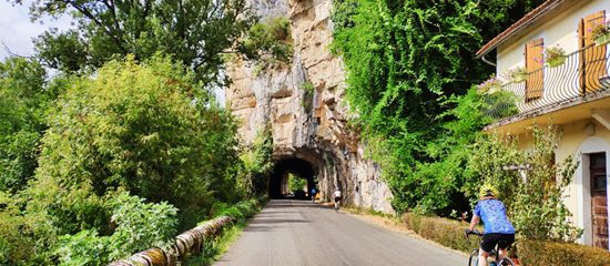 5 very good reasons to go cycling in the Occitanie region of France
