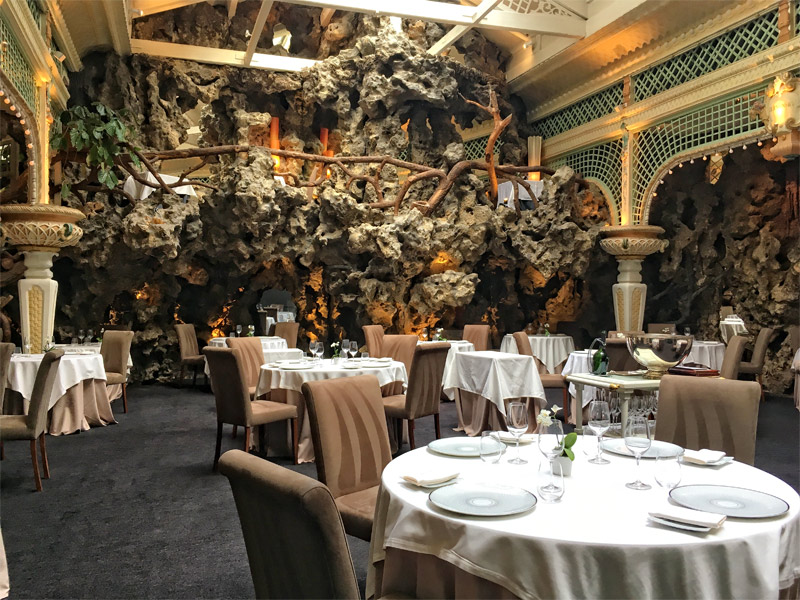 Belle epoque style restaurant filled with carvings of vines in Bordeaux City