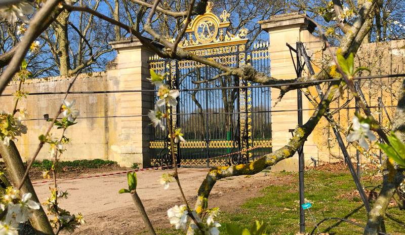 Original golden gate of the Chateau of Versailles at the Kings Vegetable garden missed during the French Revolution