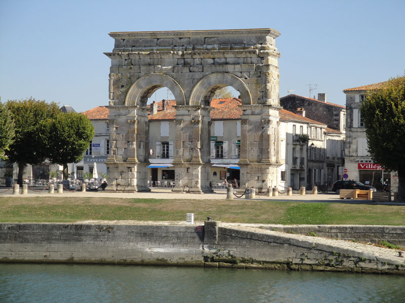 Roman arch along the River Charente in Saintes, Charentes, south west France