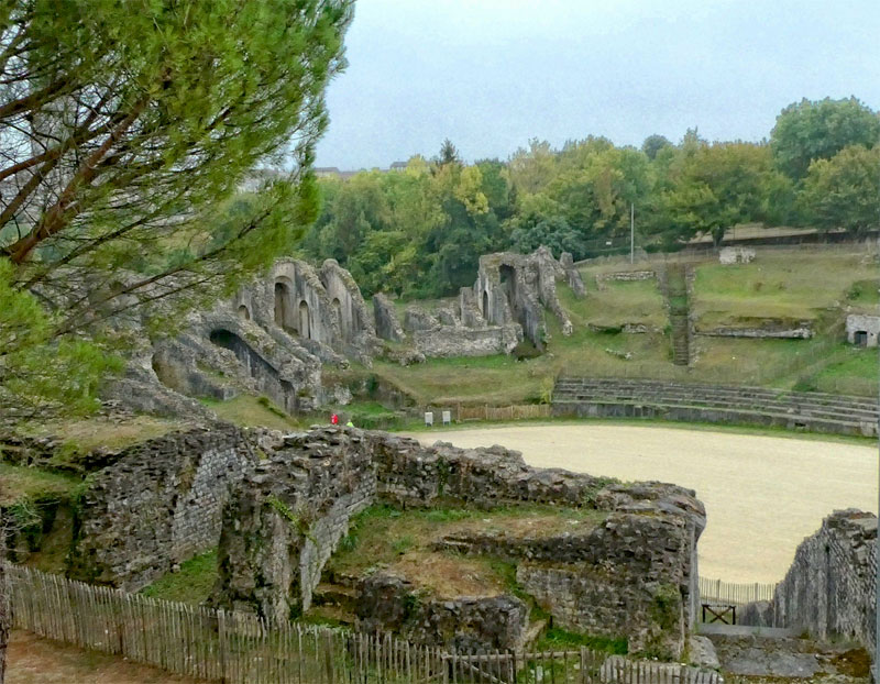 Very well preserved Roman amphitheatre, Saintes