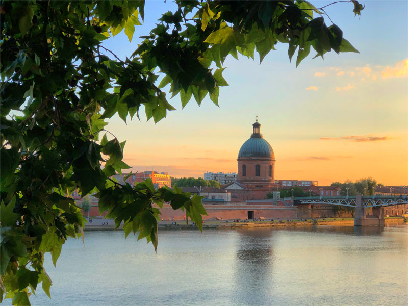 Skyline at sunset, Toulouse in Haute-Garonne