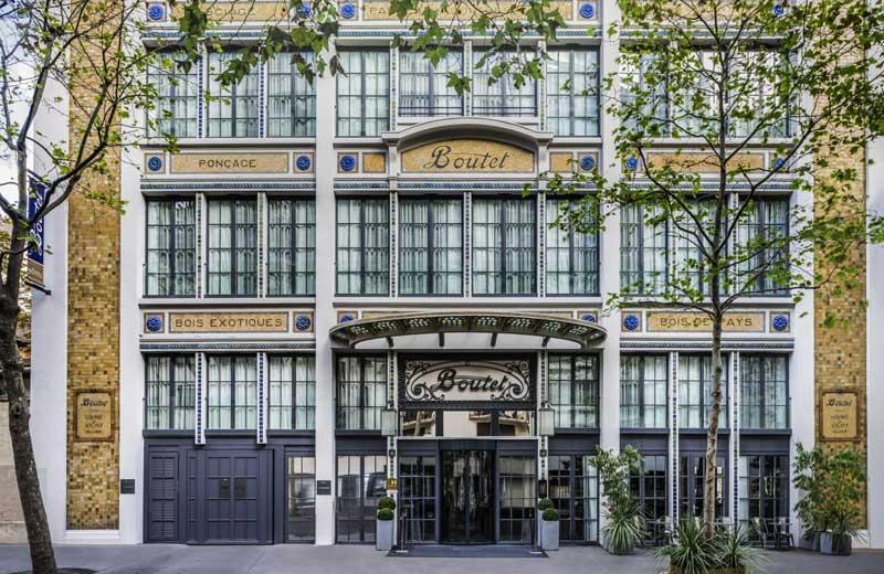 Ancient facade of Hotel Bastille Boutet, Paris