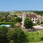 An incredible chateau holiday home in Dordogne