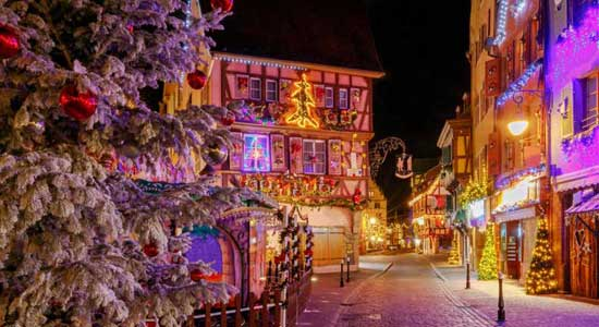 The Ultimate Guide To Christmas In France 2019 The Good Life France The Good Life France