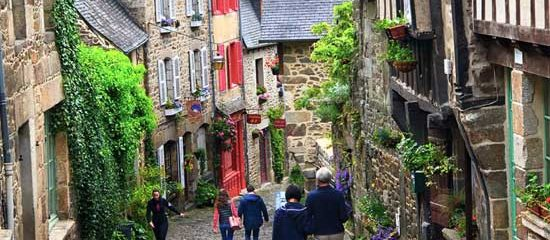 Best guided tour of Brittany